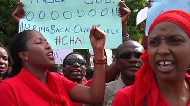 Manifestation de soutien aux jeunes filles enlevées, mardi à Abuja, la capitale nigériane.