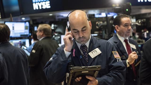 L'exploitation des possibilités offertes par l'intelligence artificielle dans les salles de marché a conduit à l'avènement du trading à haute fréquence.