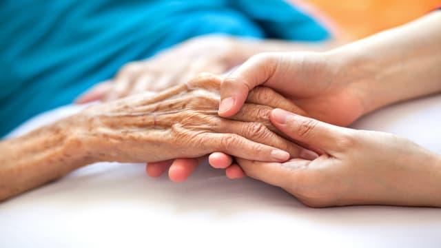 Avec près de 225 000 nouveaux cas de maladie d'Alzheimer diagnostiqués chaque année, la France comptera 1 275 000 personnes malades dans 8 ans.