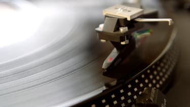 Les Français continuer de privilégier la musique, contrairement à la lecture.