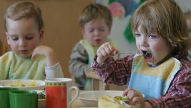 Depuis le 1er août 2013, l'Allemagne a inscrit dans la loi le droit à une place en crèche pour tous les enfants de plus de 1 an et de moins de 3 ans.