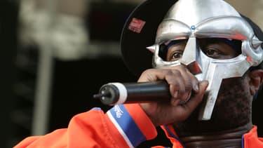 Le rappeur MF Doom à New York en juin 2005