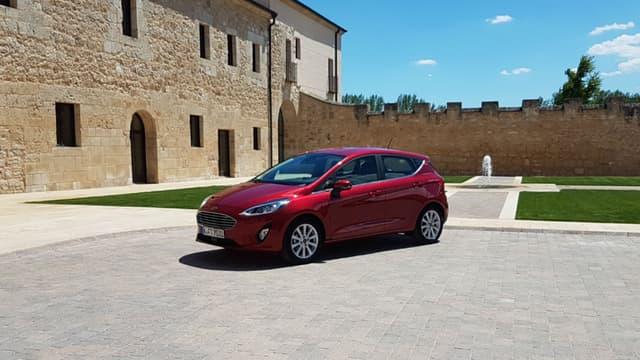 La Ford Fiesta , ici en finition Titanium, est également proposée en ST-Line, Vignale et bientôt en version crossover, l'Active.