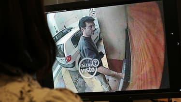 Xavier Dupont de Ligonnès, filmé par une caméra de vidéosurveillance en 2011.