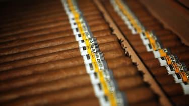 Les buralistes craignent que la hausse de la fiscalité sur les cigares et cigarillos ne favorise le développement de la contrebande.