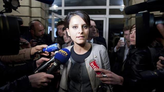 """A 34 ans, Najat Vallaud-Belkacem est nommée ministre des Droits des femmes et porte-parole du gouvernement, consécration d'un parcours emblématique de la """"méritocratie républicaine"""". /Photo prise le 2 mai 2012/REUTERS/Julien Muguet"""