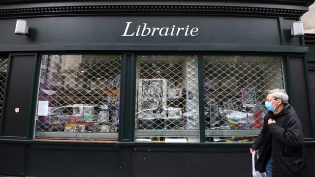 Une librairie fermée à Paris le 30 octobre 2020