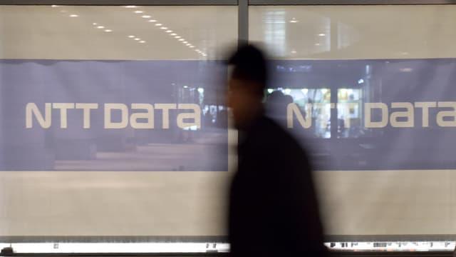 NTT Data va acquérir 100% de chacune de ces trois sociétés et conserver les 28.000 personnes qu'elles emploient essentiellement aux Etats-Unis et en Inde.
