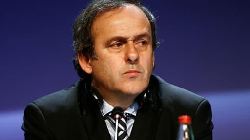 Platini n'est pas enthousiasmé à l'idée de voir des Qataris reprendre le PSG