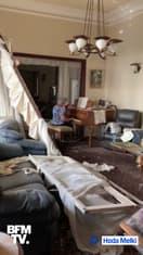 """Une femme joue un émouvant """"Ce n'est qu'un au revoir"""" dans son appartement dévasté à Beyrouth"""