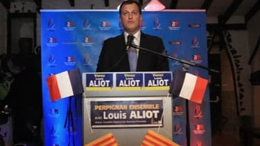 """Louis Aliot (FN) trouvera en face de lui un """"front républicain"""" à Perpignan."""