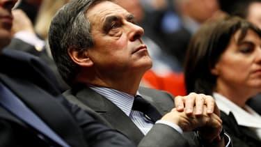 """François Fillon veut finalement faire """"seulement"""" 7,5 milliards d'économies sur les collectivités."""