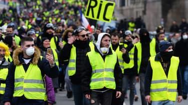 La manifestation des gilets jaunes à Nantes a réuni un millier de protestataires, ce samedi 29 décembre.