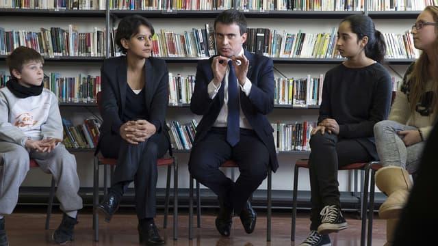 Manuel Valls et Najat Vallaud-Belkacem sont allés à la rencontre de lycéens et de collégiens de Seine-et-Marne vendredi.