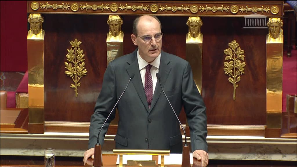 """Masque obligatoire dans les lieux publics clos dès """"la semaine prochaine"""", annonce Castex"""