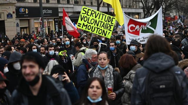 """Manifestation contre la loi """"Sécurité globale"""" à Paris, le 30 janvier 2021"""