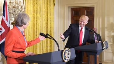 Theresa May, Première ministre du Royaume-Uni et Donald Trump, président des États-Unis.
