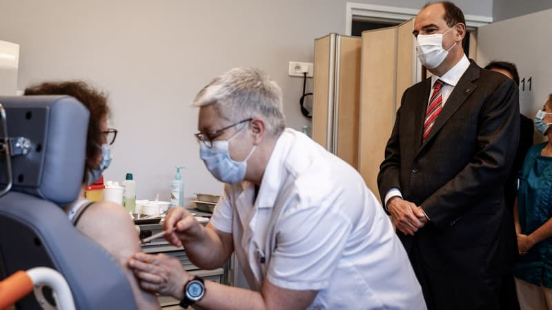 Covid-19: Castex exhorte les plus de 55 ans à se faire vacciner,