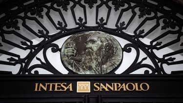 Intesa Sanpaolo rachète des concurrentes à moindre coût