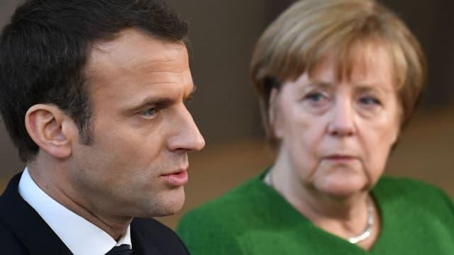 Une réunion est prévue ce jeudi soir à Bruxelles entre Emmanuel Macron, Angela Merkel et Theresa May.