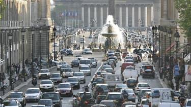 La pollution automobile ne baisse pas suffisamment en France d'après la Cour des comptes.
