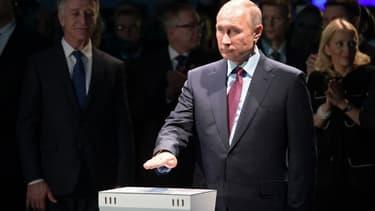 Vladimir Poutine à Sabetta en Russie, le 08 décembre 2017