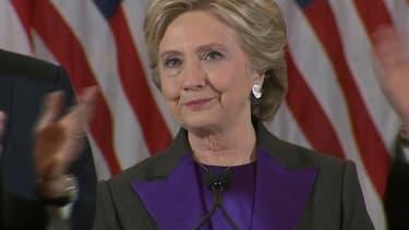 Hillary Clinton prononce un discours à New York au lendemain de sa défaite, mercredi 9 novembre 2016.