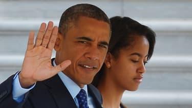 Barack Obama et sa fille Malia, avant de s'envoler pour l'Afrique.
