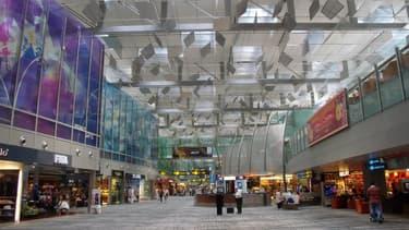 L'aéroport de Singapour, ici en photo, est plébiscité par les voyageurs pour son offre de restauration ainsi que ses boutiques