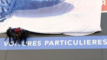 Les ventes de voitures particulières reculent de 1,5% le mois dernier en France.