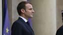 Emmanuel Macron sur le perron de l'Elysée le 12 novembre 2018.