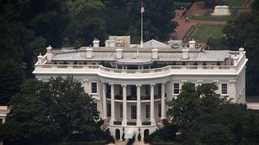 Barack Obama a regagné Washington plus tôt que prévu, pour éviter une fin d'année droit dans le mur pour le budget américain.