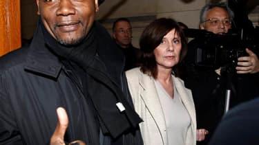 La cinéaste Catherine Breillat (au centre), à son arrivée au tribunal de Paris vendredi. Christophe Rocancourt, célèbre internationalement pour avoir escroqué dans les années 1990 des stars de Hollywood, a été condamné à huit mois de prison pour abus de f