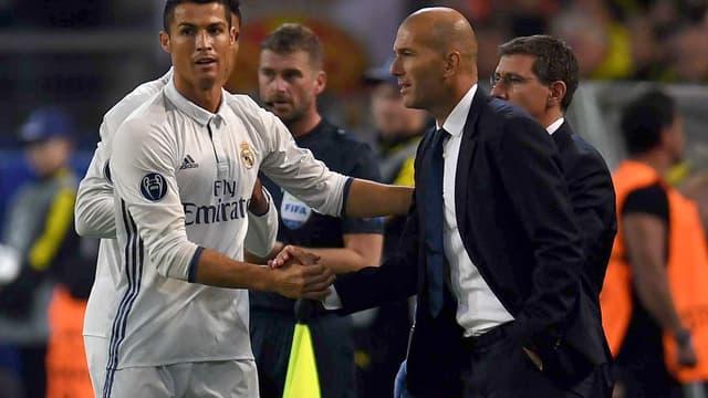 Zinedine Zidane compte sur Cristiano Ronaldo dans son vestiaire au Real Madrid.