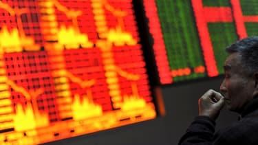 La politique monétaire très accomodante du Japon a des effets pervers : ses importations plombent sa balance commerciale