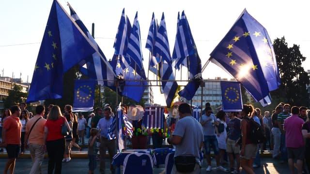 La Grèce fait un pas de plus vers la sortie du tunnel