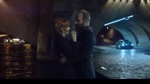Mylène Farmer et Sting dans le clip Stolen Car