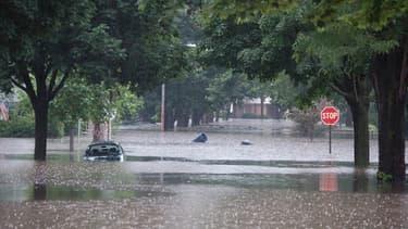 Les inondations vont coûter six milliards d'euros aux assureurs, pour le seul premier semestre.
