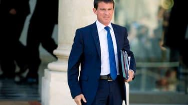 Manuel Valls devrait notamment expliquer les choix économiques de la France à Angela Merkel
