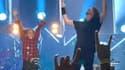 Nandi Bushell et Dave Grohl sur scène