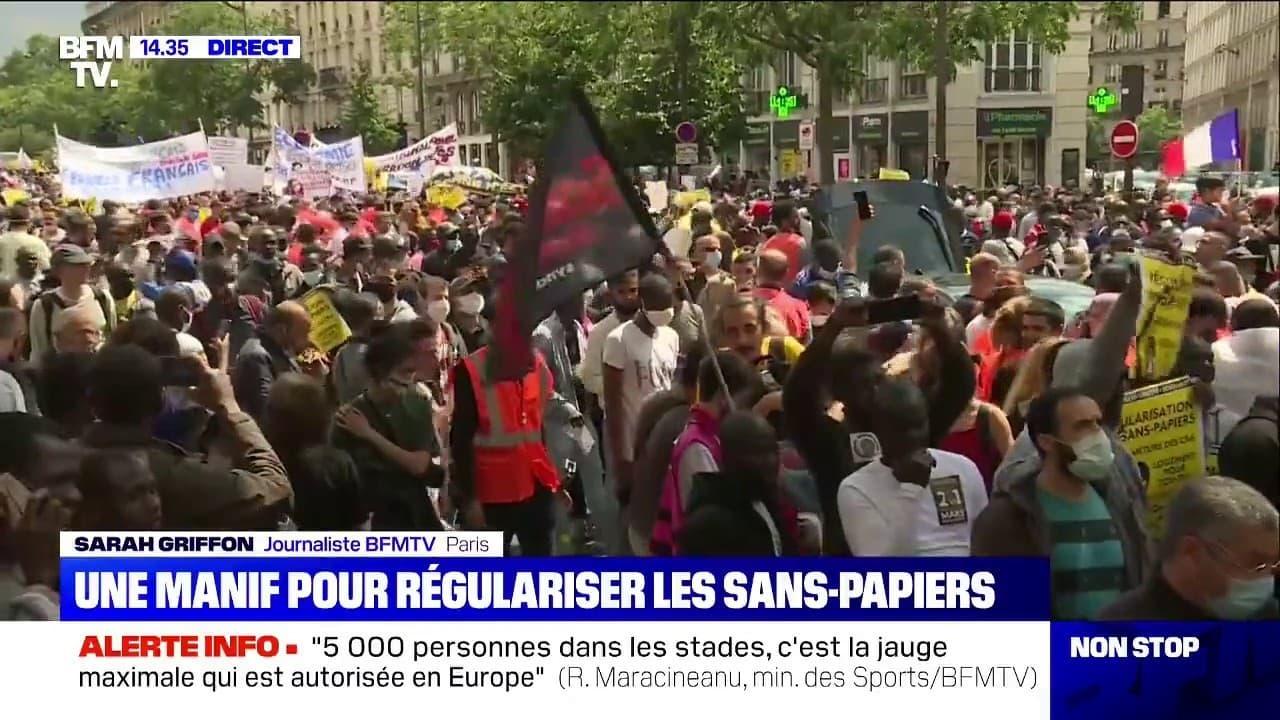 Une Manifestation A Paris Pour Regulariser Les Sans Papiers