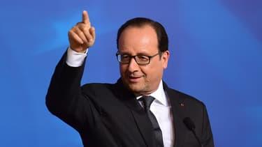 François Hollande veut plus de contrôles des fabricants.