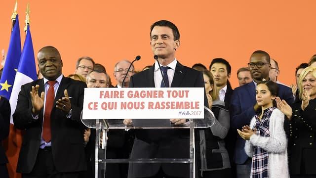 Manuel Valls lors de son annonce de candidature à la présidentielle à Evry (Essonne) lundi soir.
