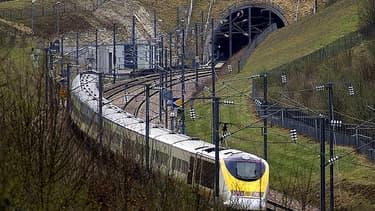 L'Eurostar va relier Londres à Aix-en_Provence en 6h15.