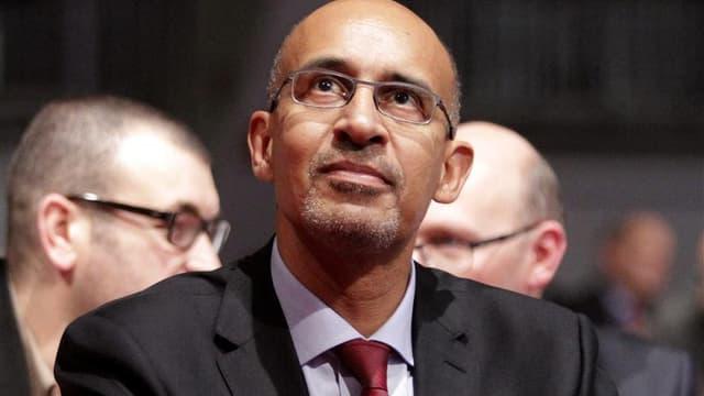 """Harlem Désir, nouveau """"patron"""" du PS a exclu l'aile gauche du parti de la nouvelle équipe dirigeante. /Photo prise le 26 octobre 2012/REUTERS/Jean-Philippe Arles"""