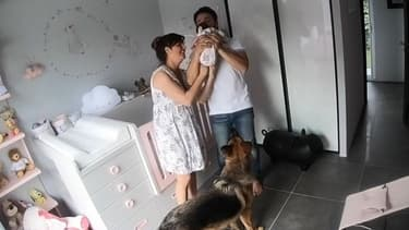 Laetitia Milot avec sa fille et son mari