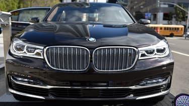 Chez BMW, la location de longue durée (LLD) inclut l'entretien et une garantie sans apport initial, avec la contrainte inhérente à ce genre de contrat: un kilométrage total à ne pas dépasser.