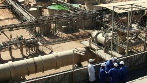 Une mine d'uranium d'Areva au Niger qui exploite, via les sociétés nigérienne Somaïr et Cominak, des gisements dans le nord du pays.