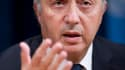 Laurent Fabius, le ministre des Affaires étrangères. La France et la Grande-Bretagne ont prévenu jeudi le président syrien Bachar al Assad qu'une opération militaire destinée à mettre en place une zone de sécurité pour les civils était envisagée, malgré l