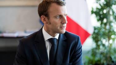Emmanuel Macron veut revenir à un régime de droit commun et supprimer les retraites chapeau.